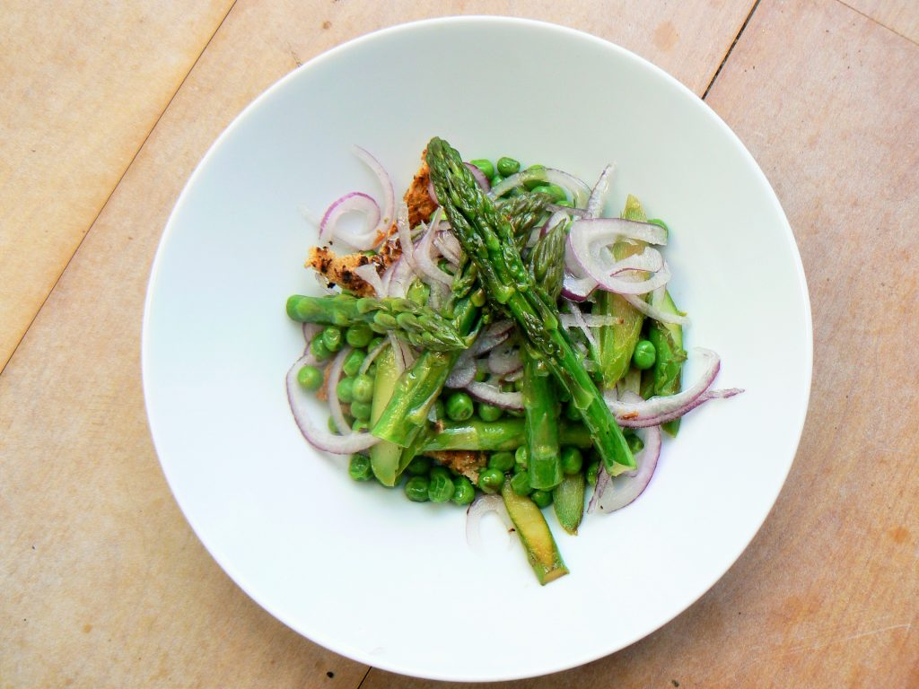 Spring salad - vegan asparagus recipes