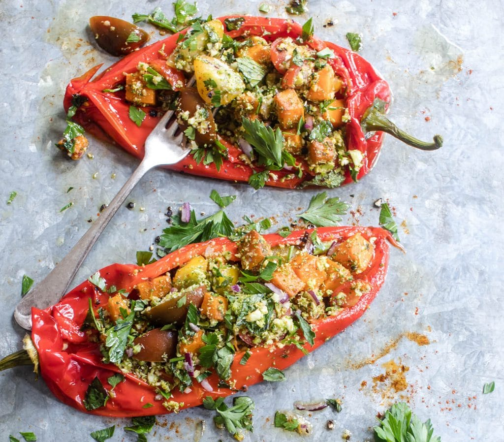 Vegan picnics - roasted red peppers by Modern Food Stories