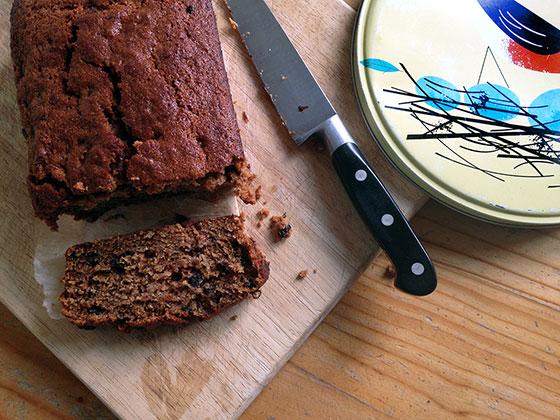 vegan picnics - vegan banana bread by sneaky veg