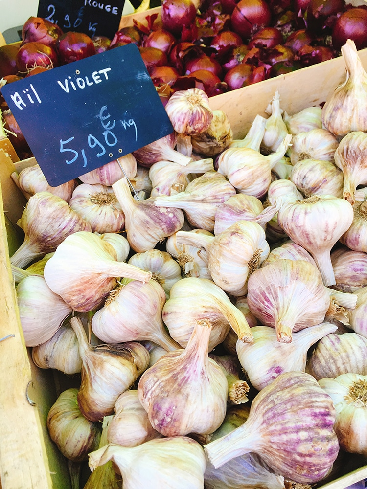 garlic at a French market stall - Pilates retreat in France - review of Domaine du Pignoulet