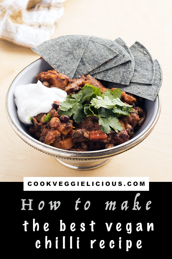 the best vegan chilli recipe by Cook Veggielicious