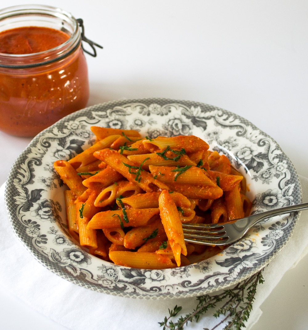 easy vegan pasta recipes - arrabbiata sauce recipe by The Veg Space
