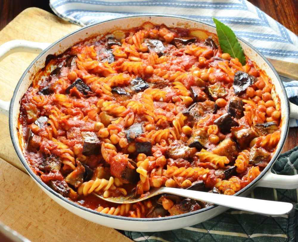 easy vegan pasta recipes - healthy pasta with aubergines and chickpeas by Everyday Healthy Recipes