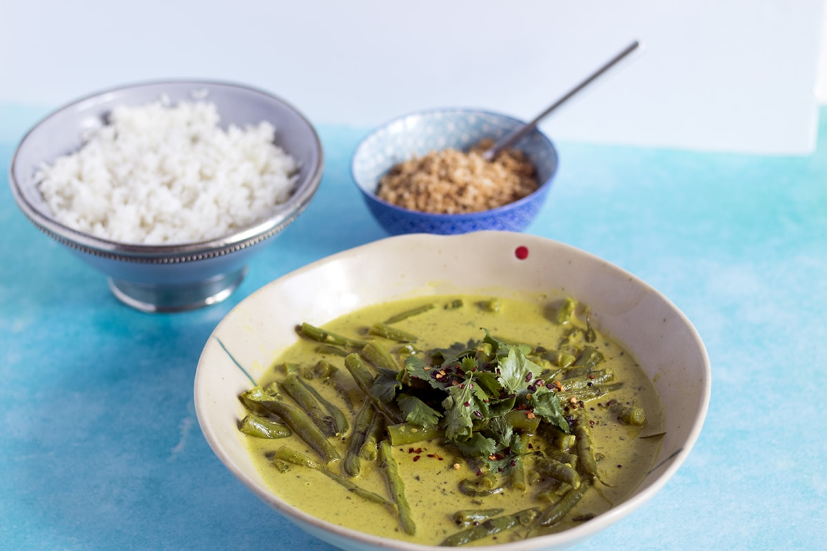 vegan coconut green bean curry