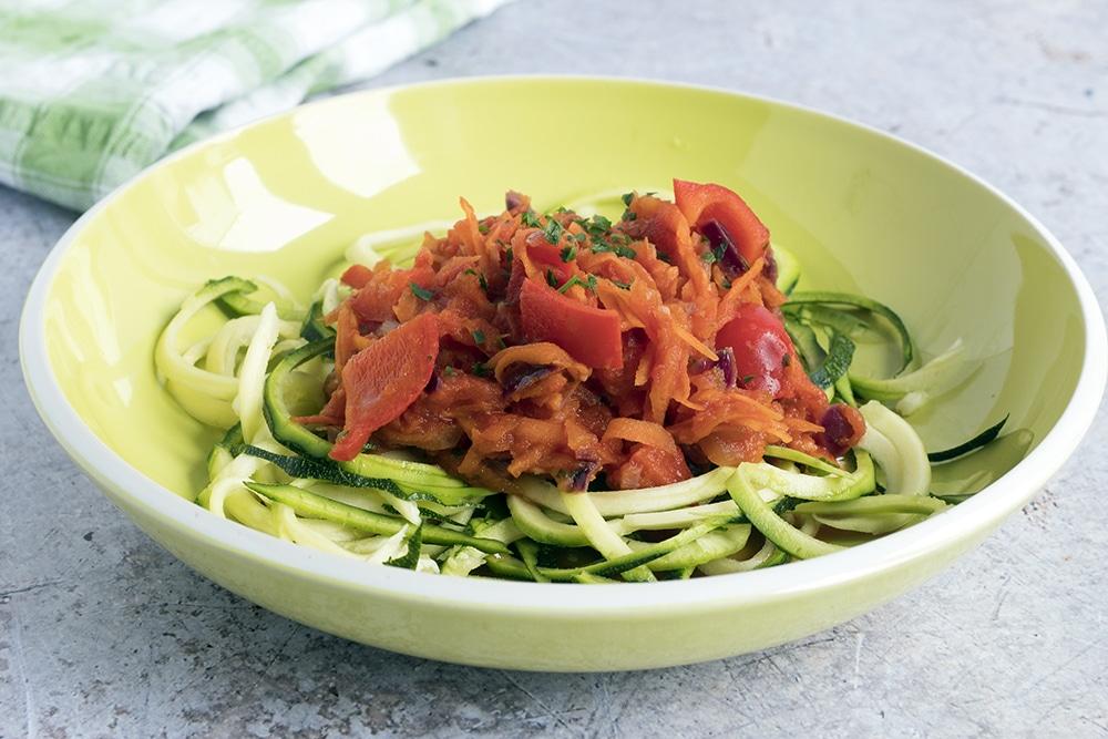 easy vegan pasta recipes - veggie pasta sauce by Sneaky Veg