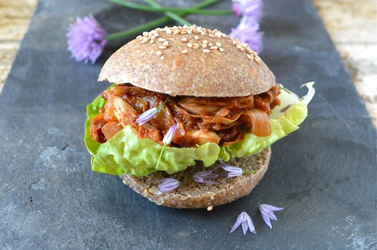 vegan bbq jackfruit by Tin and Thyme