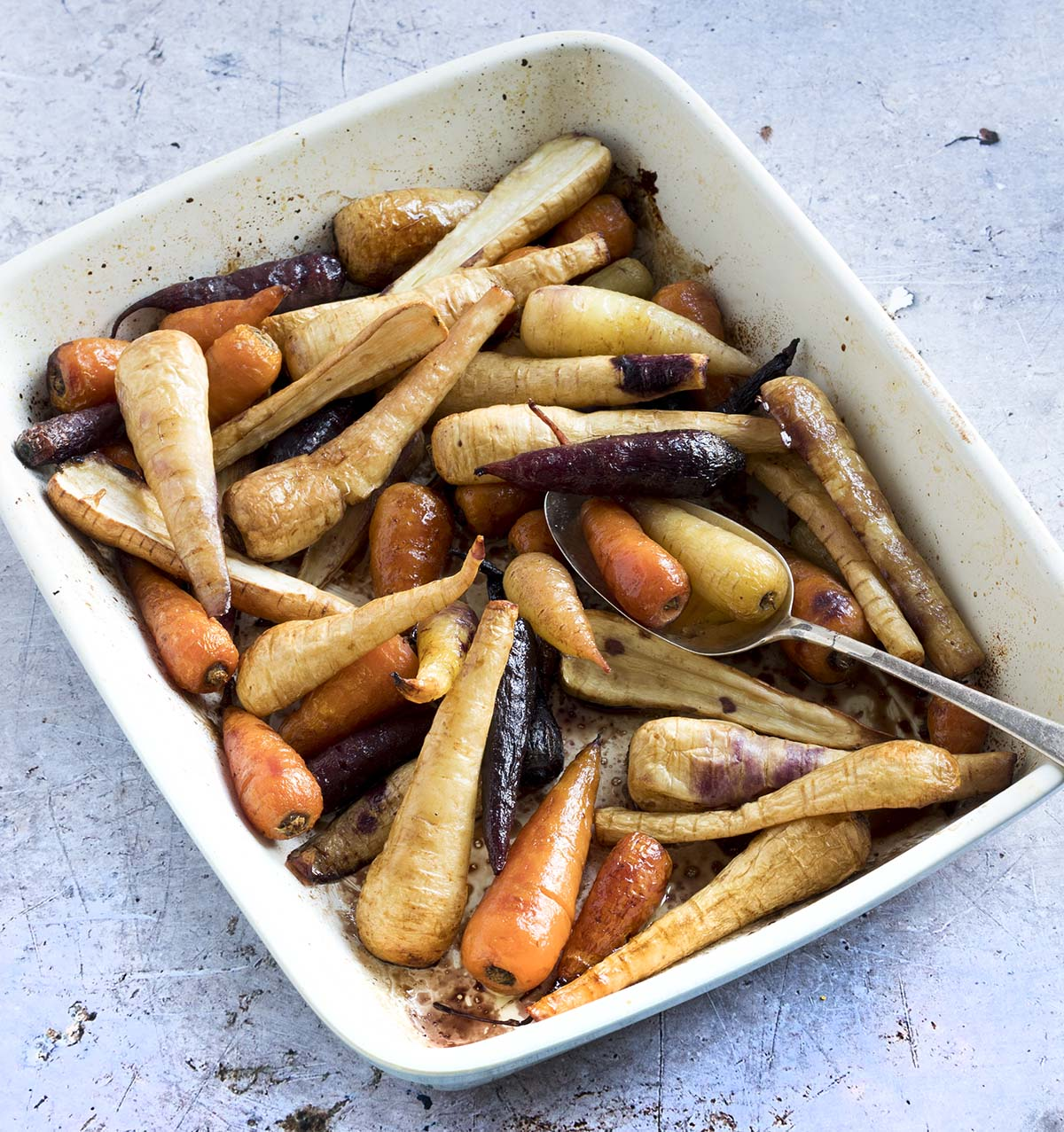maple balsamic roasted carrots and parsnips by Sneaky Veg