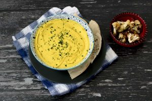 roasted cauliflower hummus with turmeric - vegan recipe by Cook Veggielicious