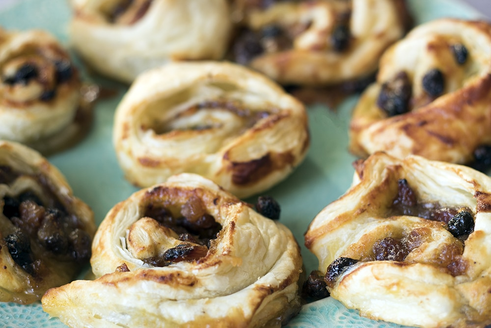 Apple and mincemeat swirls by Sneaky Veg