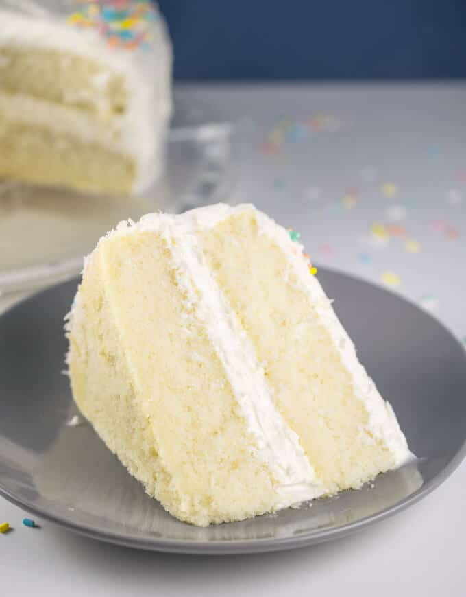 Vegan white cake by Yup It's Vegan