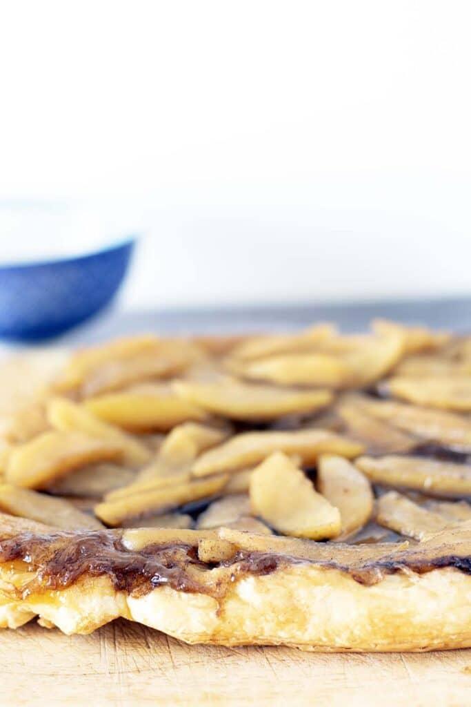 apple tarte tatin on wooden board