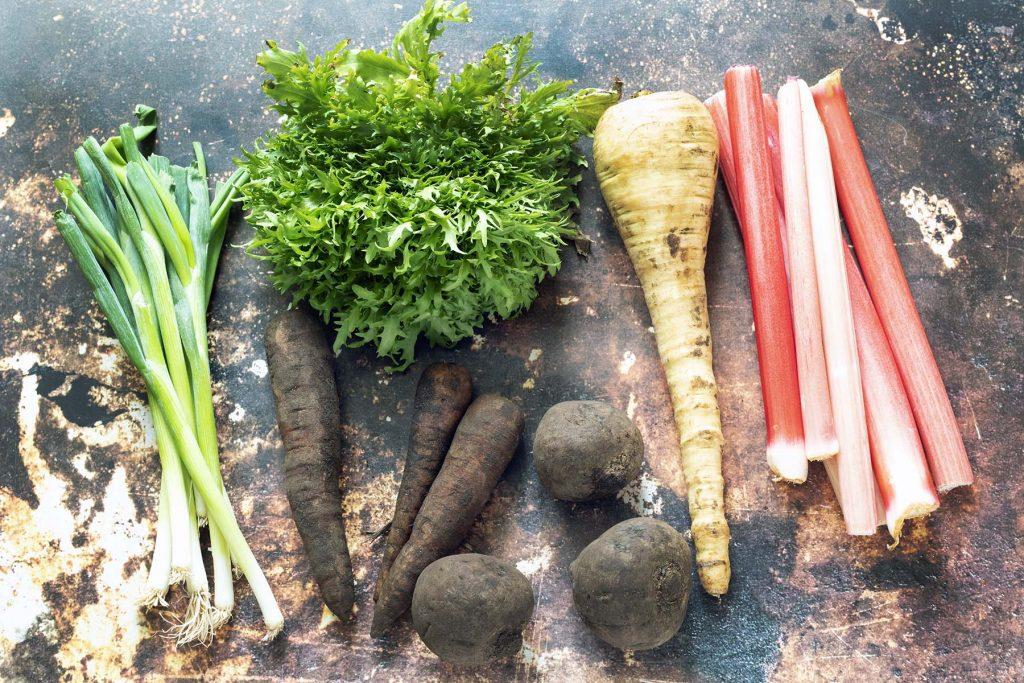 vegetables in season in the UK in April
