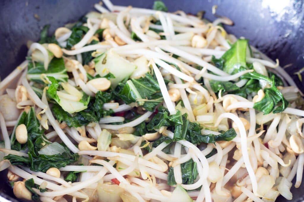 pak choi stir fry in wok